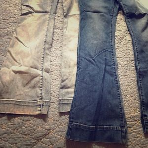 Lot of 2 maternity jeans